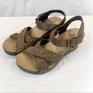 Ruff Hewn Brown Studded Sandals 9.5